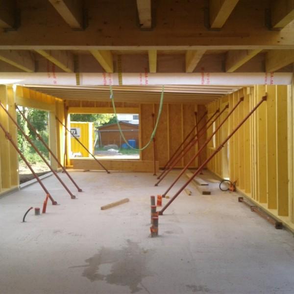 Pose des panneaux de planchers et supports de couverture